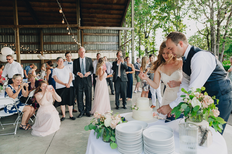 scholls-valley-lodge-wedding-0190.jpg