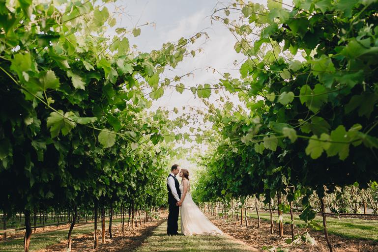 scholls-valley-lodge-wedding-0207.jpg