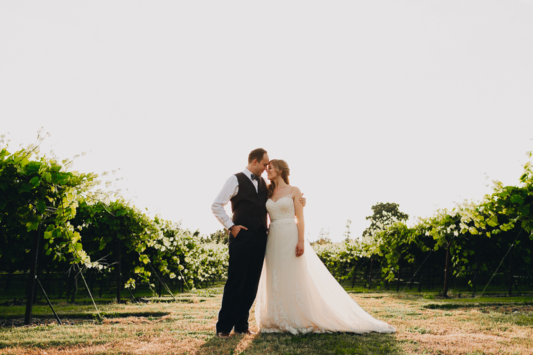 scholls-valley-lodge-wedding-0211.jpg