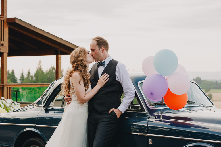 scholls-valley-lodge-wedding-0215.jpg