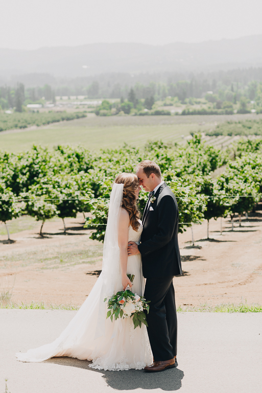scholls-valley-lodge-wedding-photos-0002.jpg