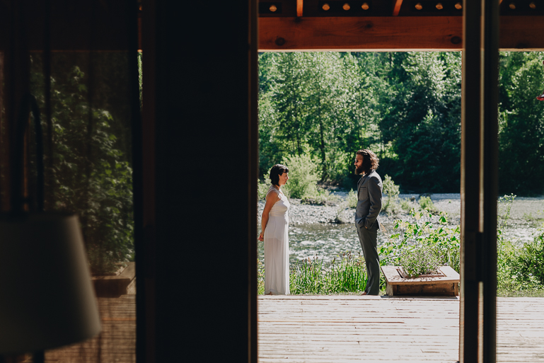 skyomish-river-elopement-photos-kristawelch-0011.jpg