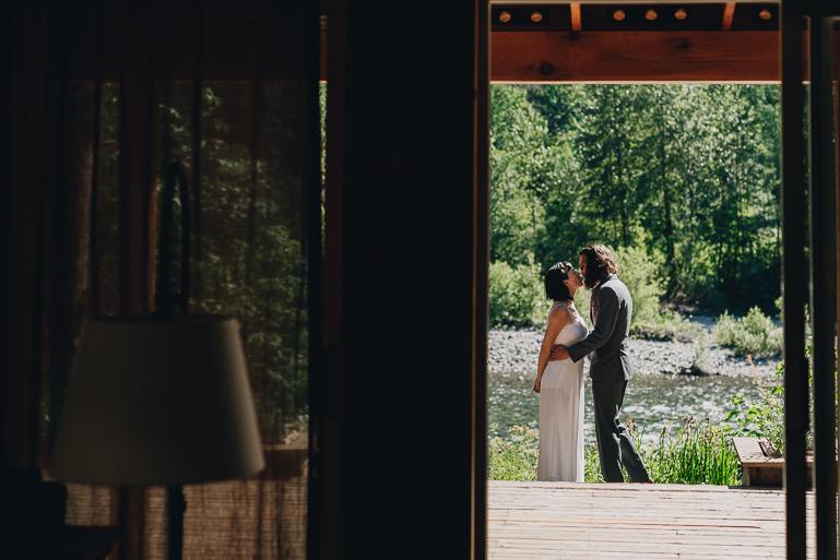 skyomish-river-elopement-photos-kristawelch-0012.jpg