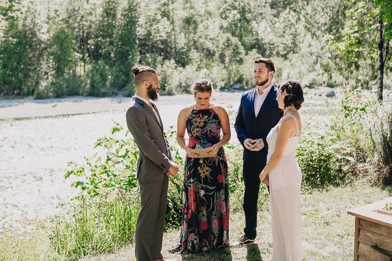 skyomish-river-elopement-photos-kristawelch-0018.jpg