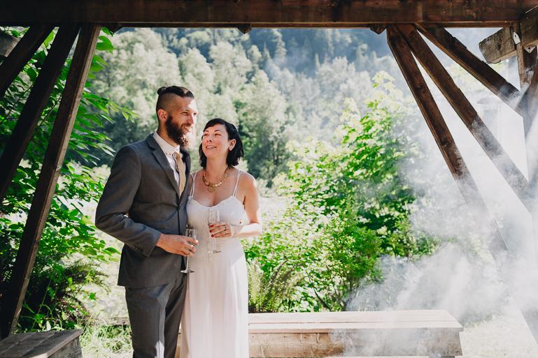 skyomish-river-elopement-photos-kristawelch-0033.jpg