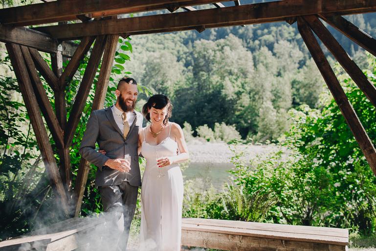 skyomish-river-elopement-photos-kristawelch-0036.jpg