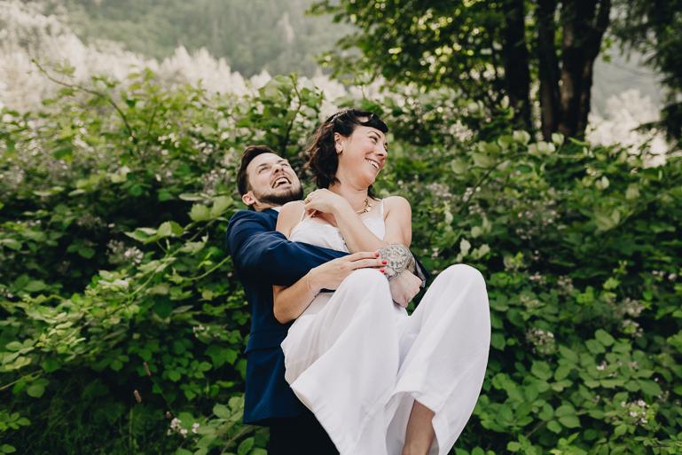 skyomish-river-elopement-photos-kristawelch-0067.jpg