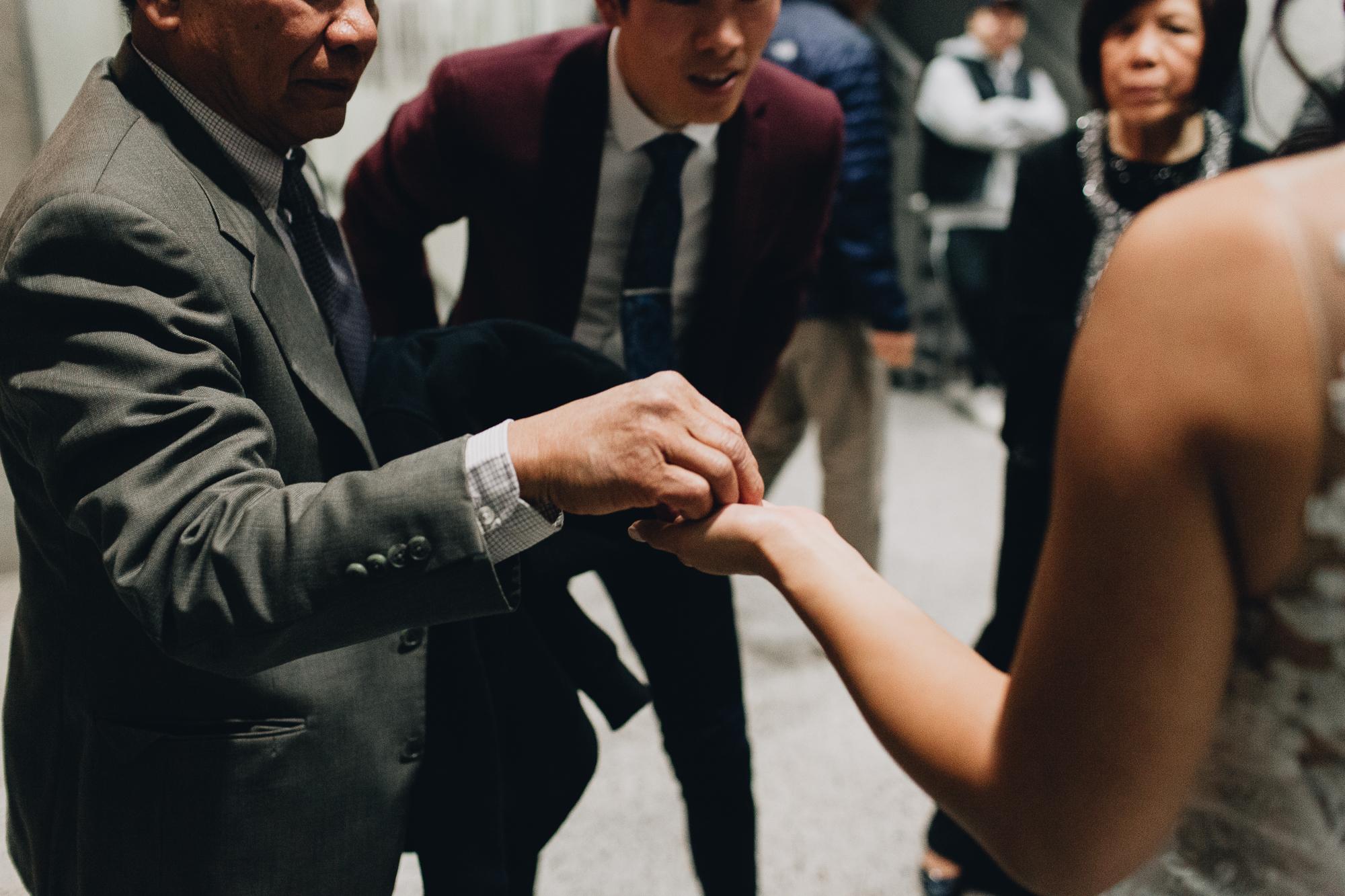 Seattle courthouse wedding photos kristawelch54.jpg