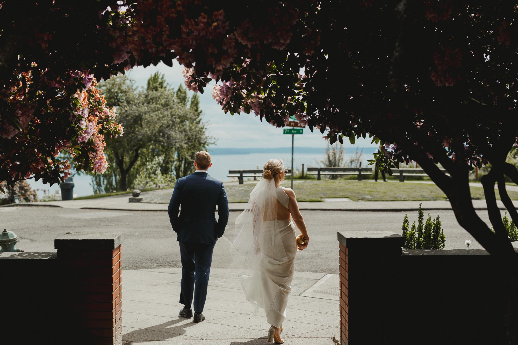 canlis restaurant wedding photos by Krista Welch-0031.jpg