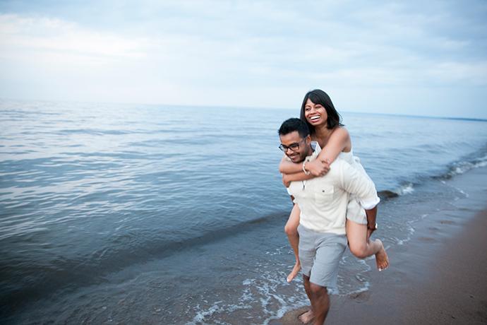 Beach_Duluth_Wedding_006.jpg