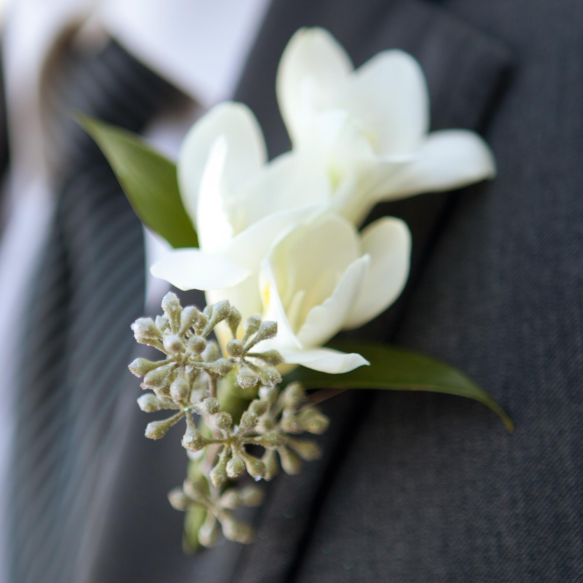 LaceHanky_Flowers_TBT005.jpg