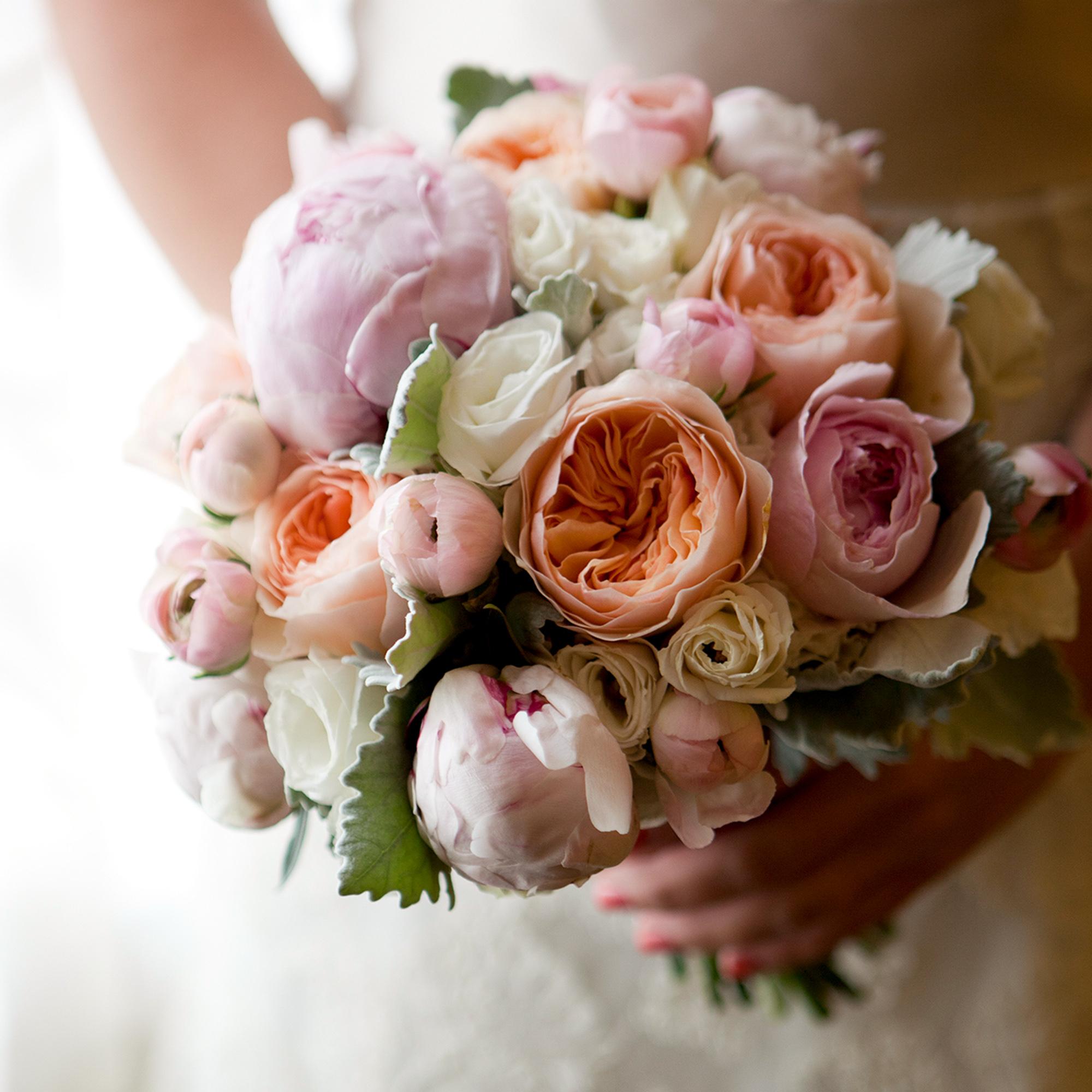 LaceHanky_Flowers_TBT021.jpg