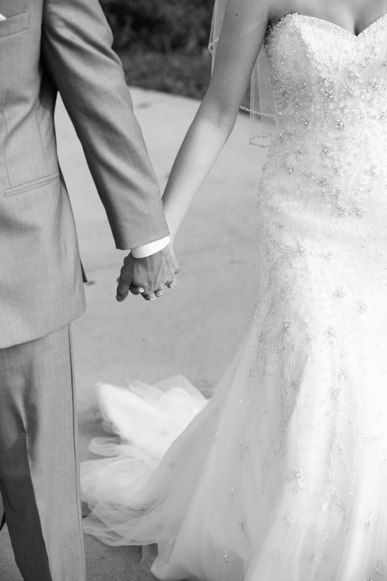 037_LH_MN_Wedding.jpg