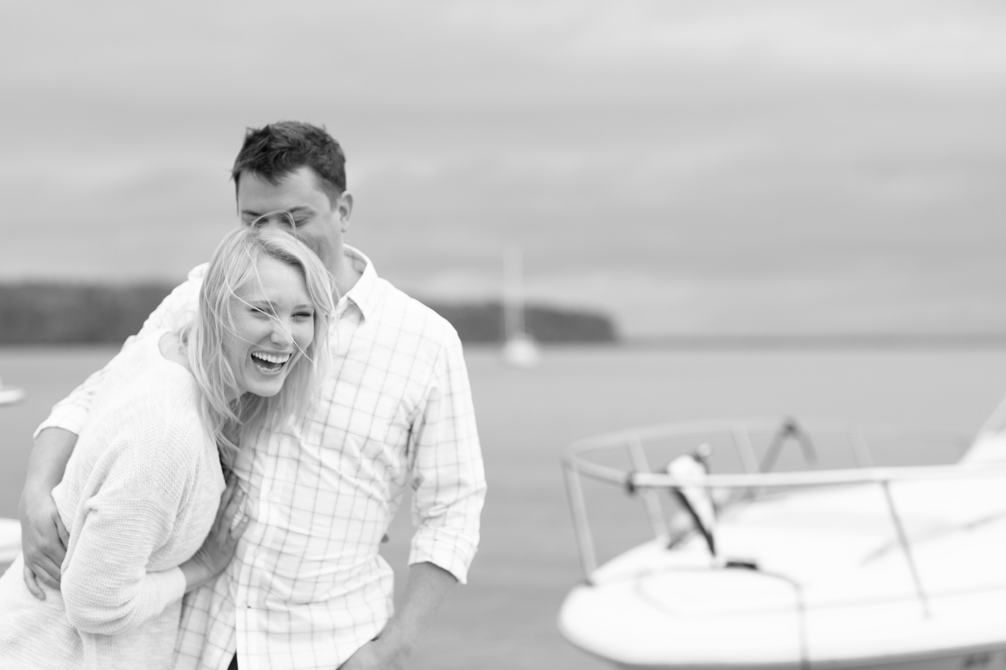 Beach_Sailboat_Engagement_002.jpg
