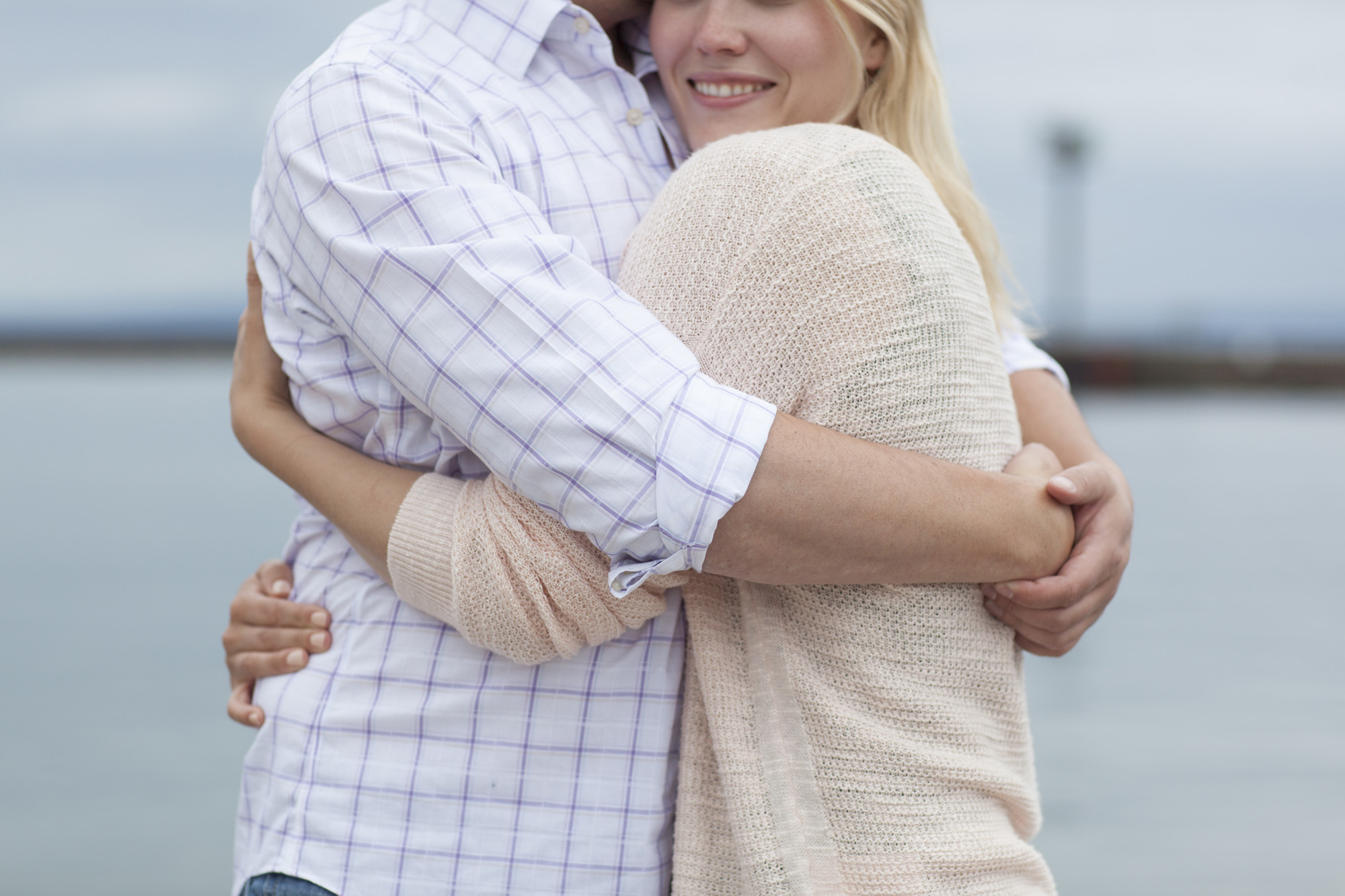 Beach_Sailboat_Engagement_003.jpg