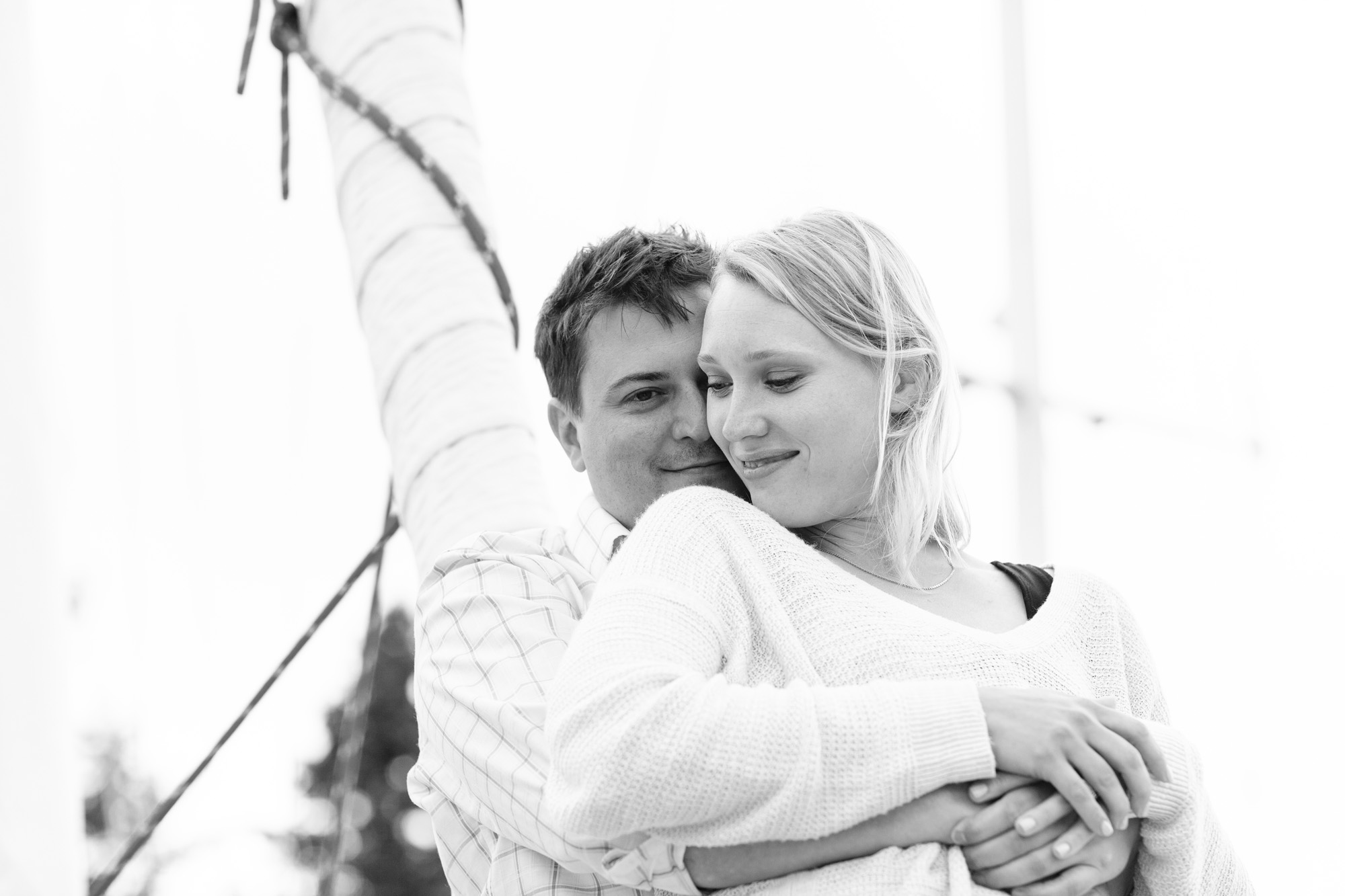 Beach_Sailboat_Engagement_010.jpg