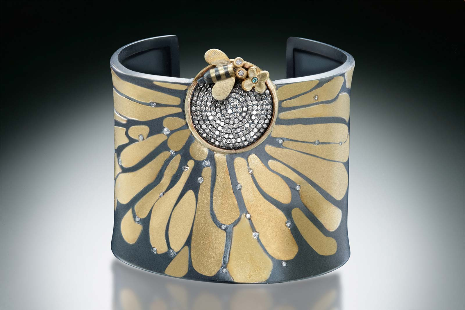 PAVE CUFF of  eighteen karat gold, oxidized silver, diamonds , 2014.