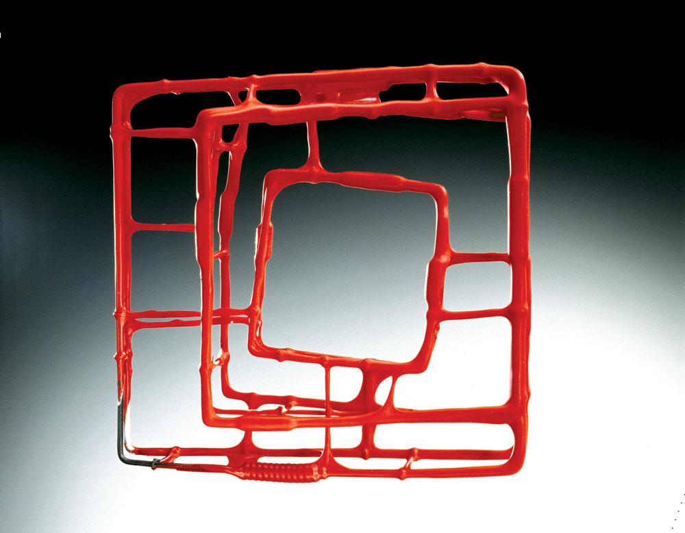 WIRE BRACELET #59 of steel, Plasti-Dip, 13.97 x 13.97 x 3.81 centimeters, 2002.