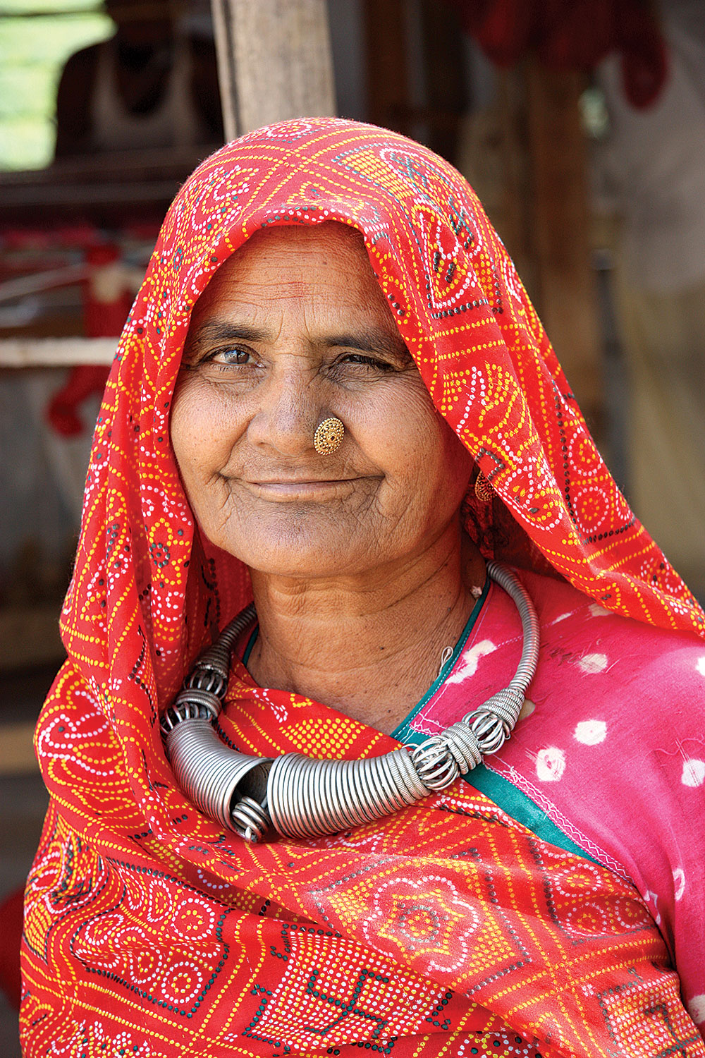 RABARI WOMAN wearing a silver  vadlo  torque, Kutch, Gujarat, 2010.  Photograph by Thomas K. Seligman.