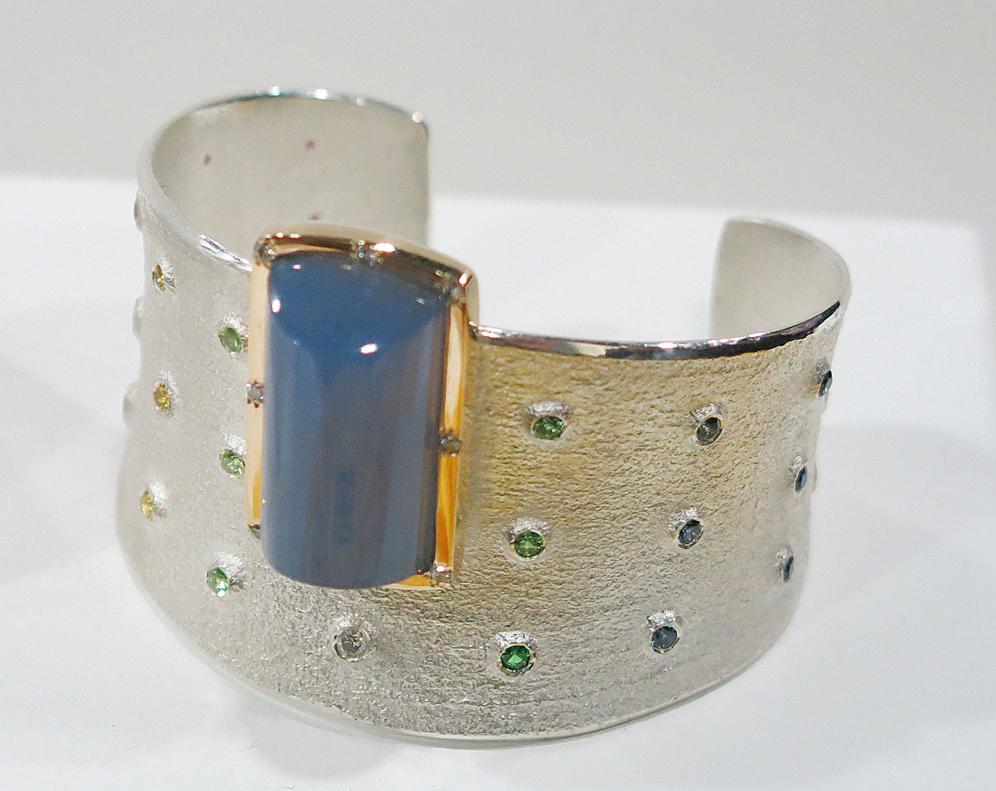 BRACELET by Keri Ataumbi (Kiowa/Comanche), who was the cover feature of Ornament Volume 40.1. Ataumbi was awarded an Honorable Mention in the Jewelry and Lapidary category.   www.ornamentmagazine.org/shop/ornament-print-edition-volume-401