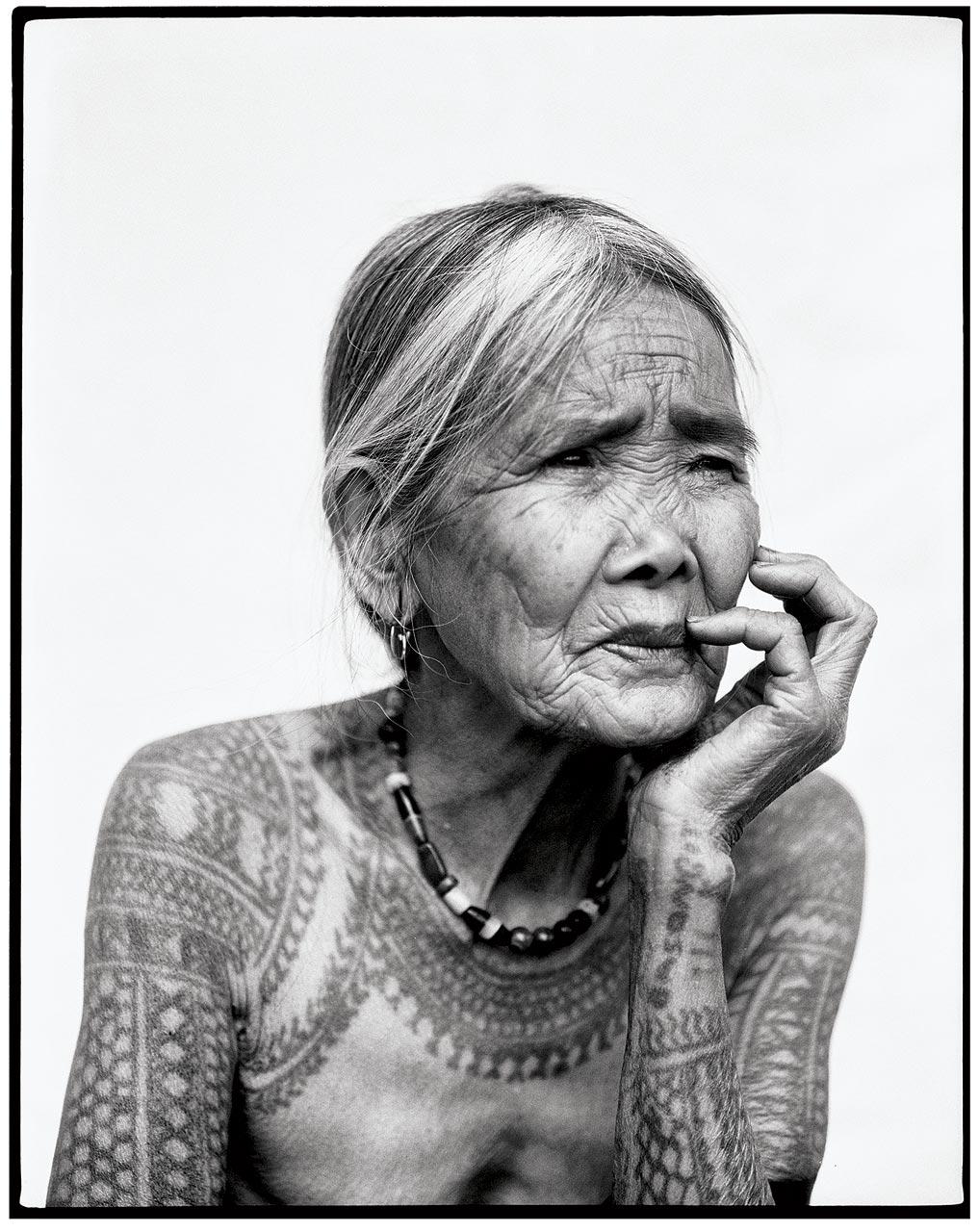 Tattoo_2.-Whang-od-(b.-1920)-.jpg