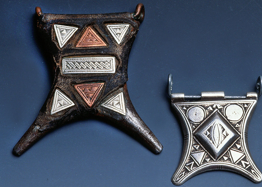 Tuareg amulets from North Africa made of silver, copper and leather. RKL