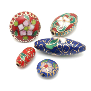 Various contemporary cloisonné beads, probably of Asian origin. CW