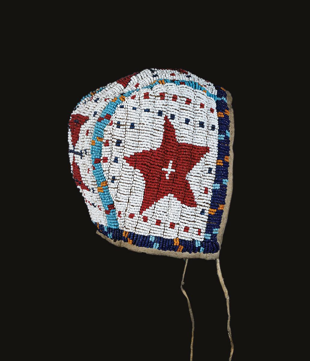 Beadwork_(1.5)-Baby-bonnet-Loan-Sandroni.jpg