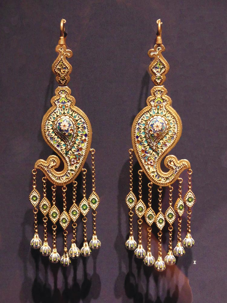 Jewelry from Bukhara:  EARRINGS of gilt silver and cloisonné enamel, 33.0 x 9.7 centimeters, Bukhara, 1885.  Photograph by Patrick R. Benesh-Liu/Ornament.