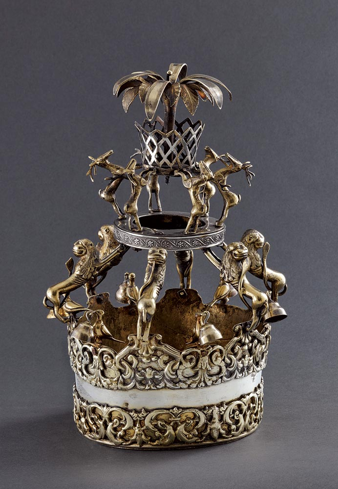 TORAH CROWN  of silver gilt, 24.3 x 16.5 centimeters, Ukraine, circa 1820.  Photograph by Ardon Barhama.