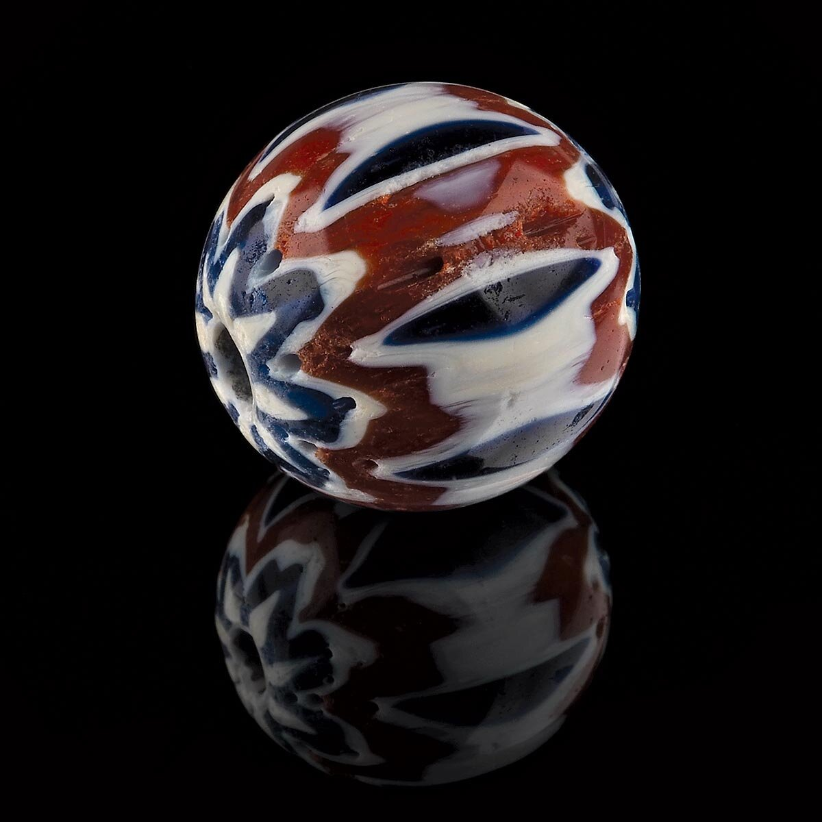 Summer 2014 12//issue 2 The Flow-Marbles and paperweights-Vol