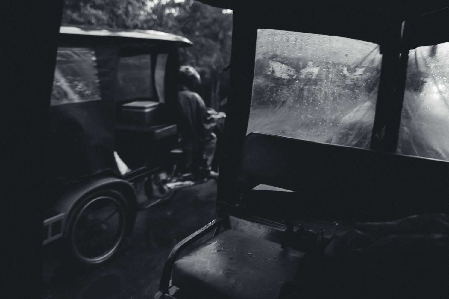 Rain and tuk-tuks