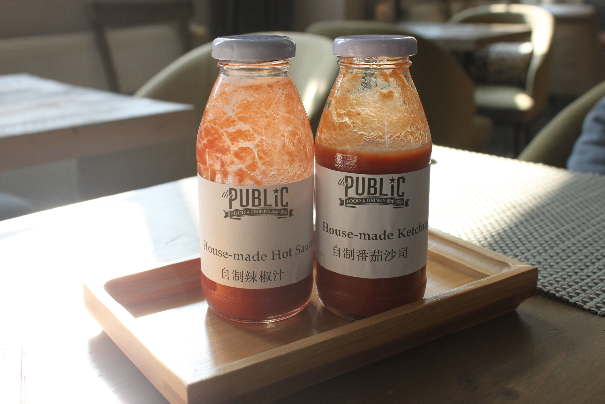 Love how they even make their own hot sauce, garlic sauce and ketchup.