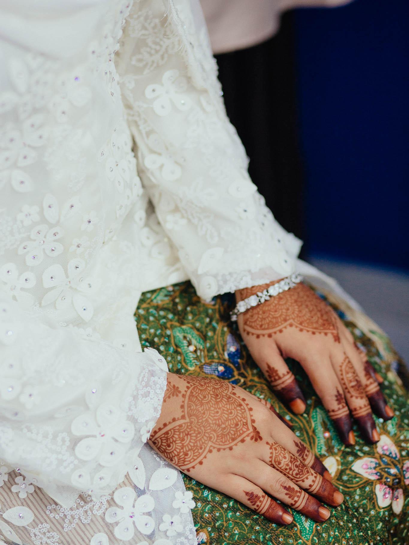 singapore-wedding-photographer-travel-wemadethese-atara-hafizah-03.jpg