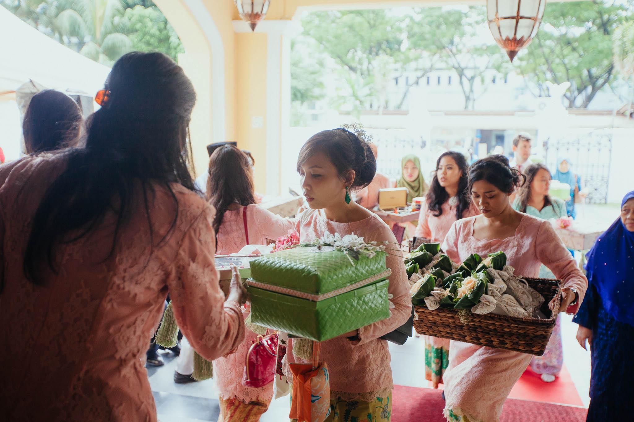 singapore-wedding-photographer-travel-wemadethese-atara-hafizah-09.jpg