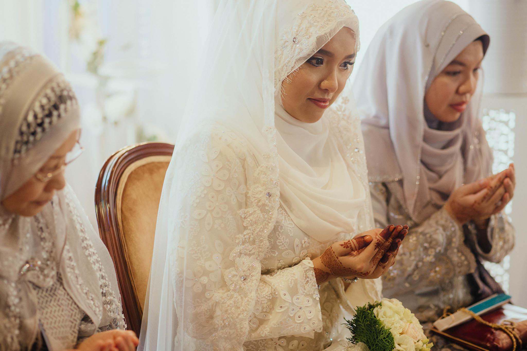 singapore-wedding-photographer-travel-wemadethese-atara-hafizah-22.jpg
