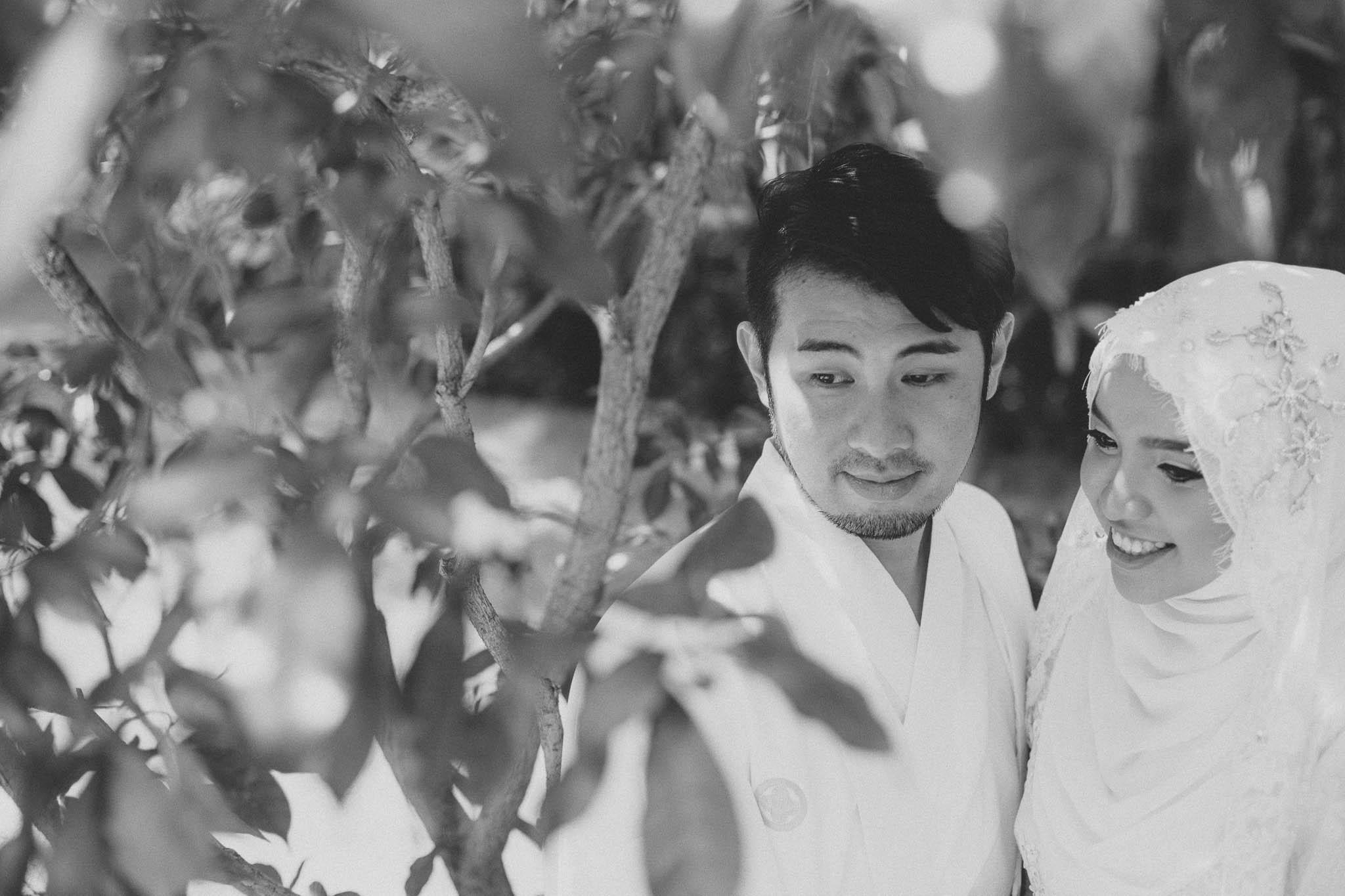 singapore-wedding-photographer-travel-wemadethese-atara-hafizah-32.jpg