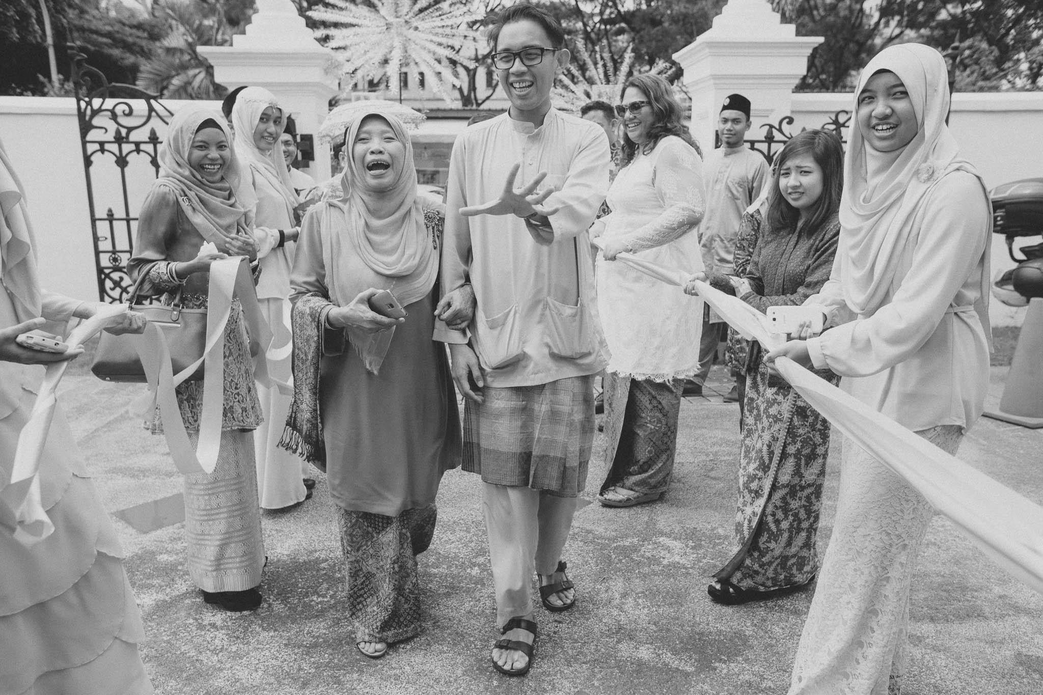 singapore-wedding-photographer-travel-wemadethese-atara-hafizah-38.jpg