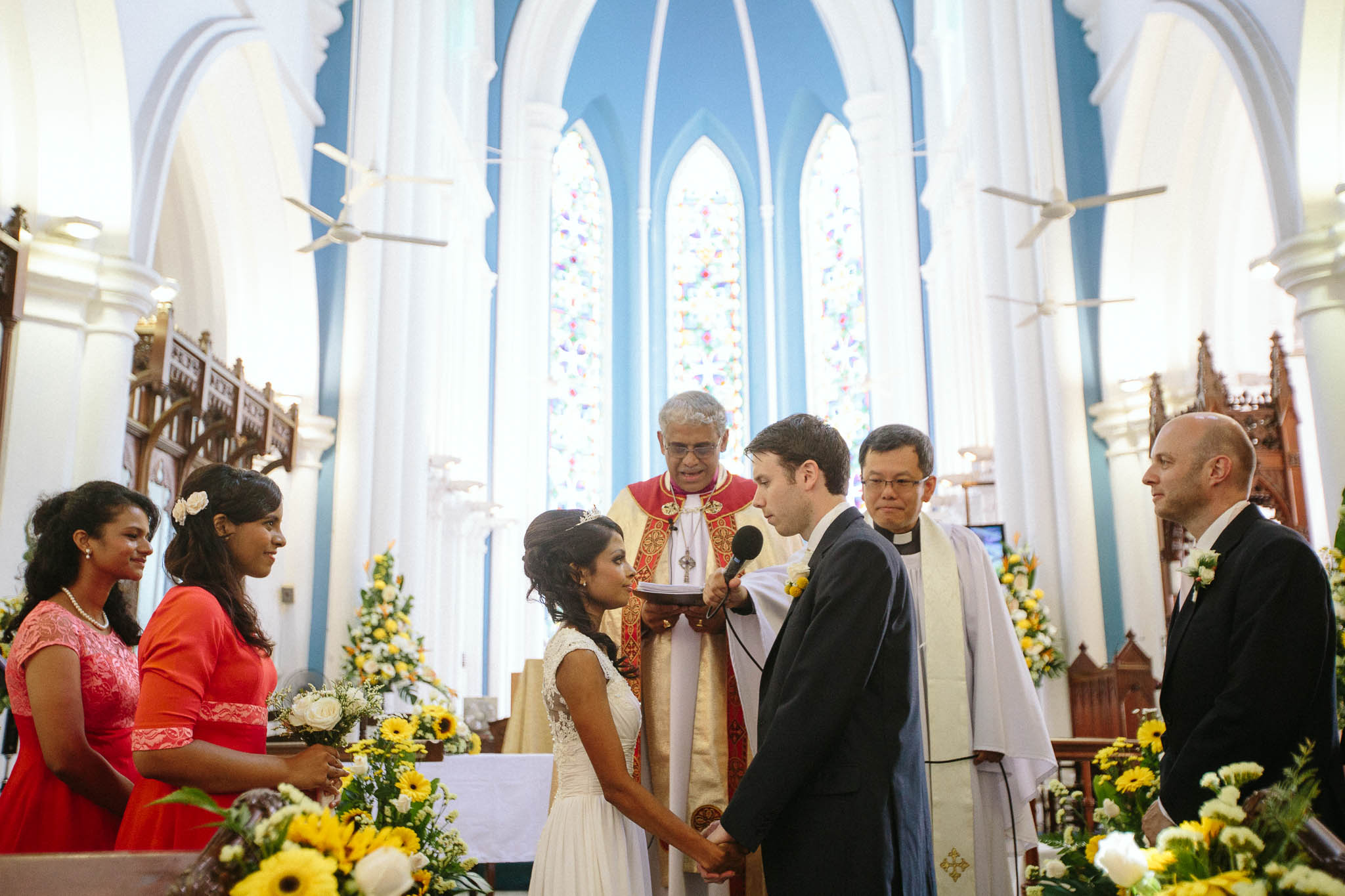 singapore-wedding-photographer-st-andrews-cathedral-renita-david-15.jpg