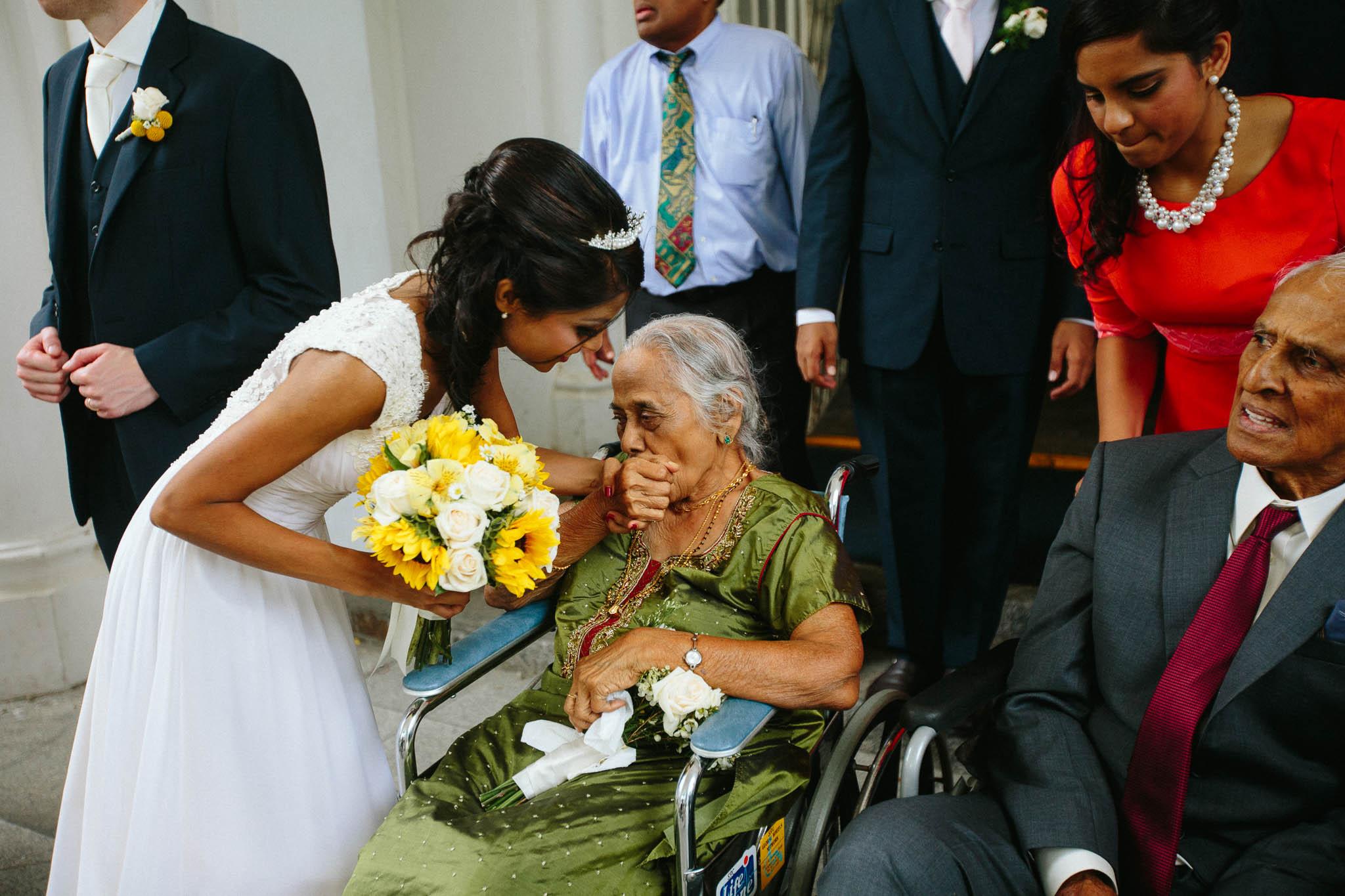 singapore-wedding-photographer-st-andrews-cathedral-renita-david-40.jpg