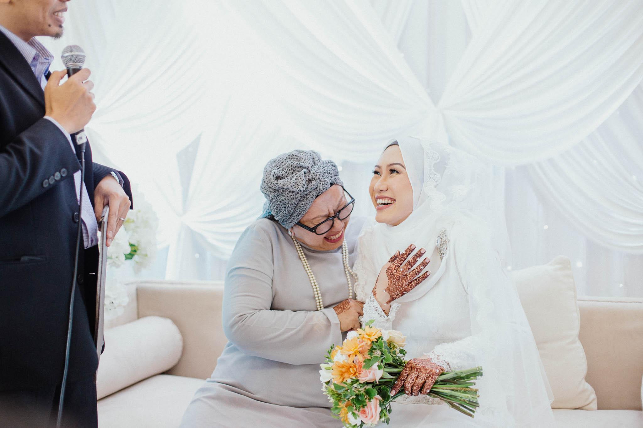 singapore-wedding-photographer-addafiq-nufail-017.jpg