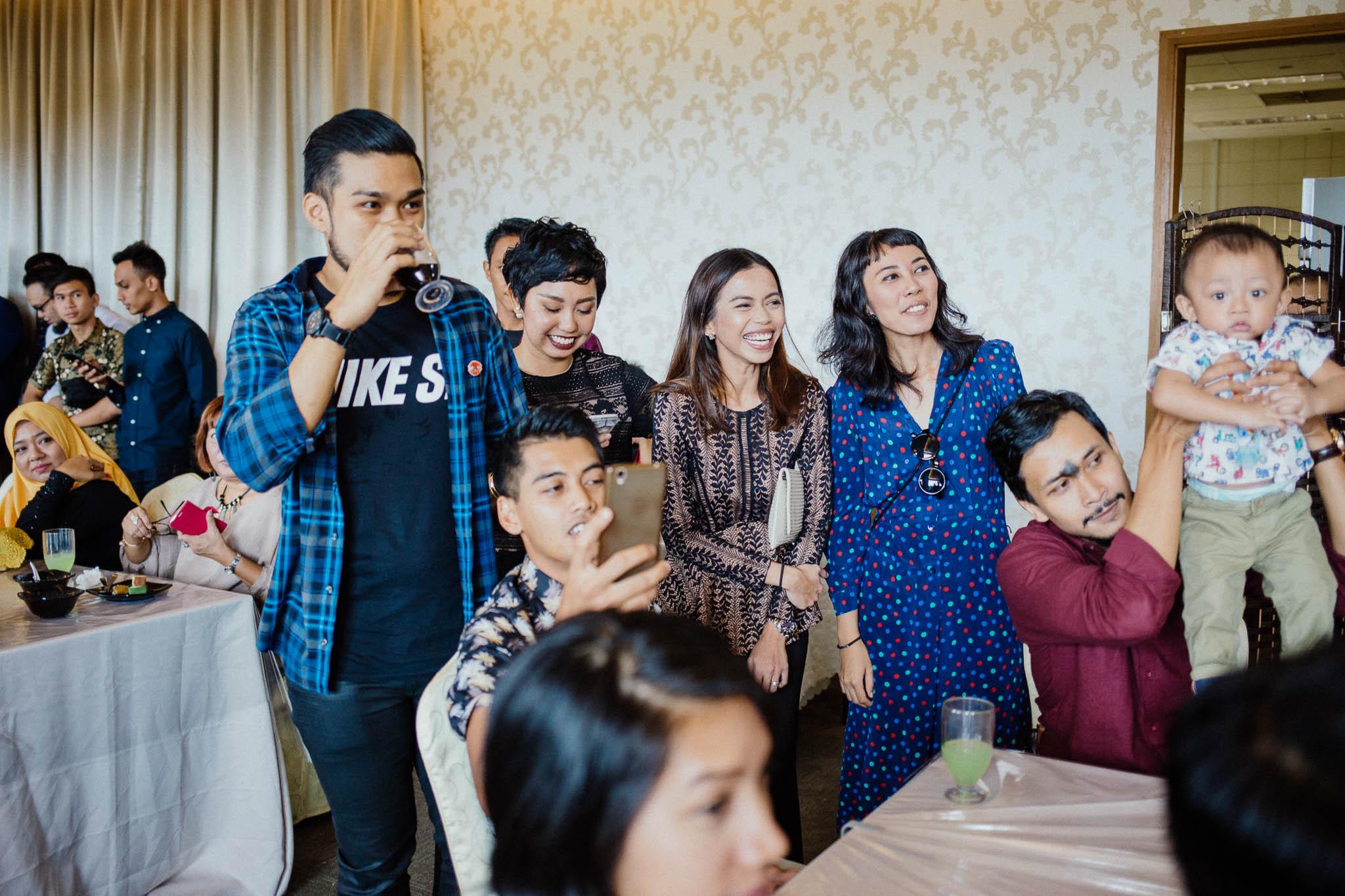 singapore-wedding-photographer-addafiq-nufail-046.jpg