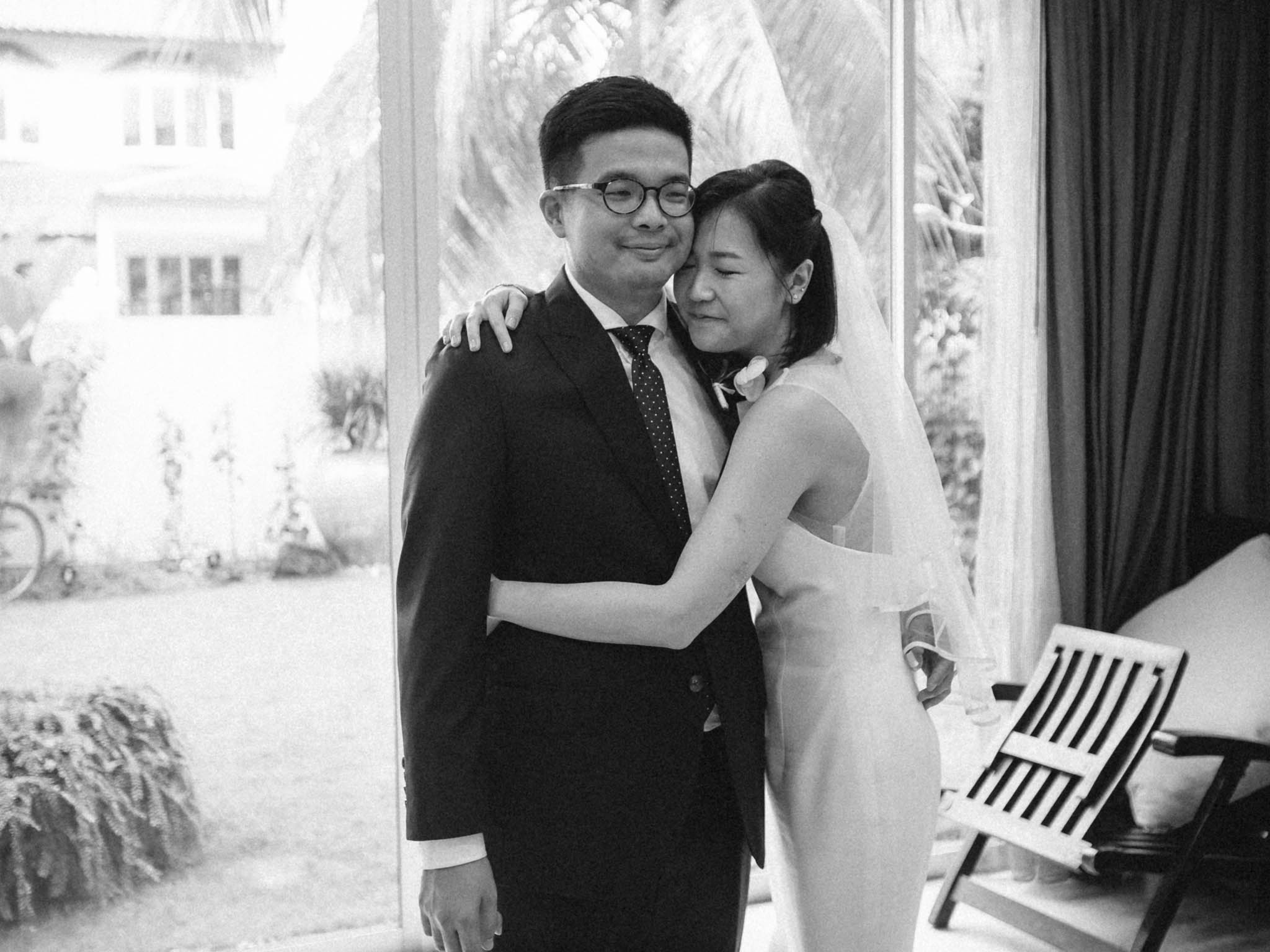 singapore-wedding-photographer-sentosa-foc-mark-eleanor-40.jpg