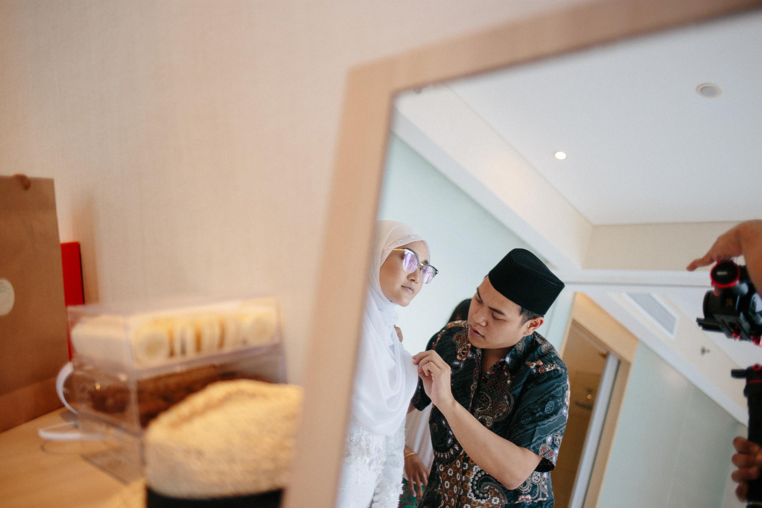 singapore-wedding-photographer-wemadethese-11.jpg