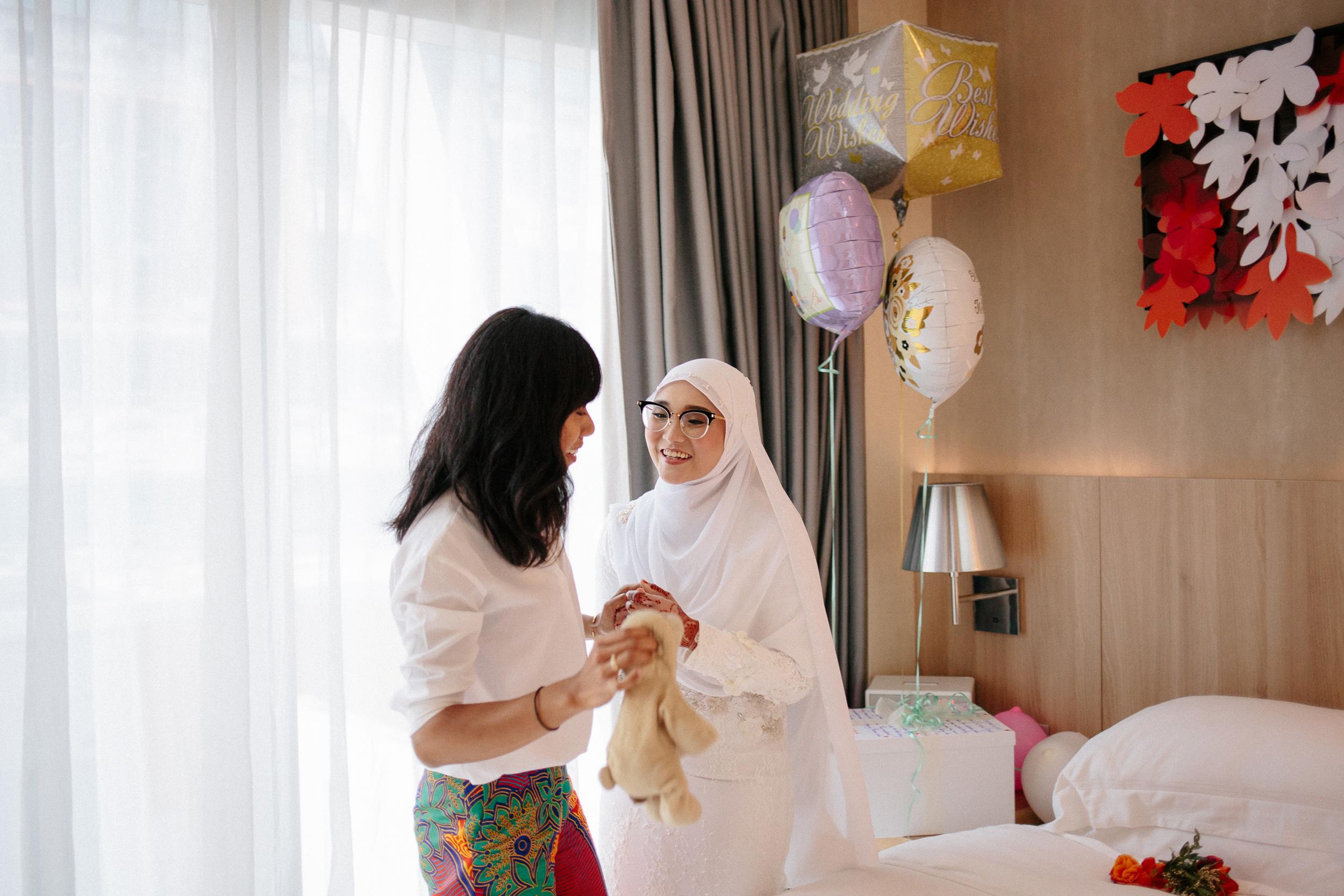 singapore-wedding-photographer-wemadethese-13.jpg