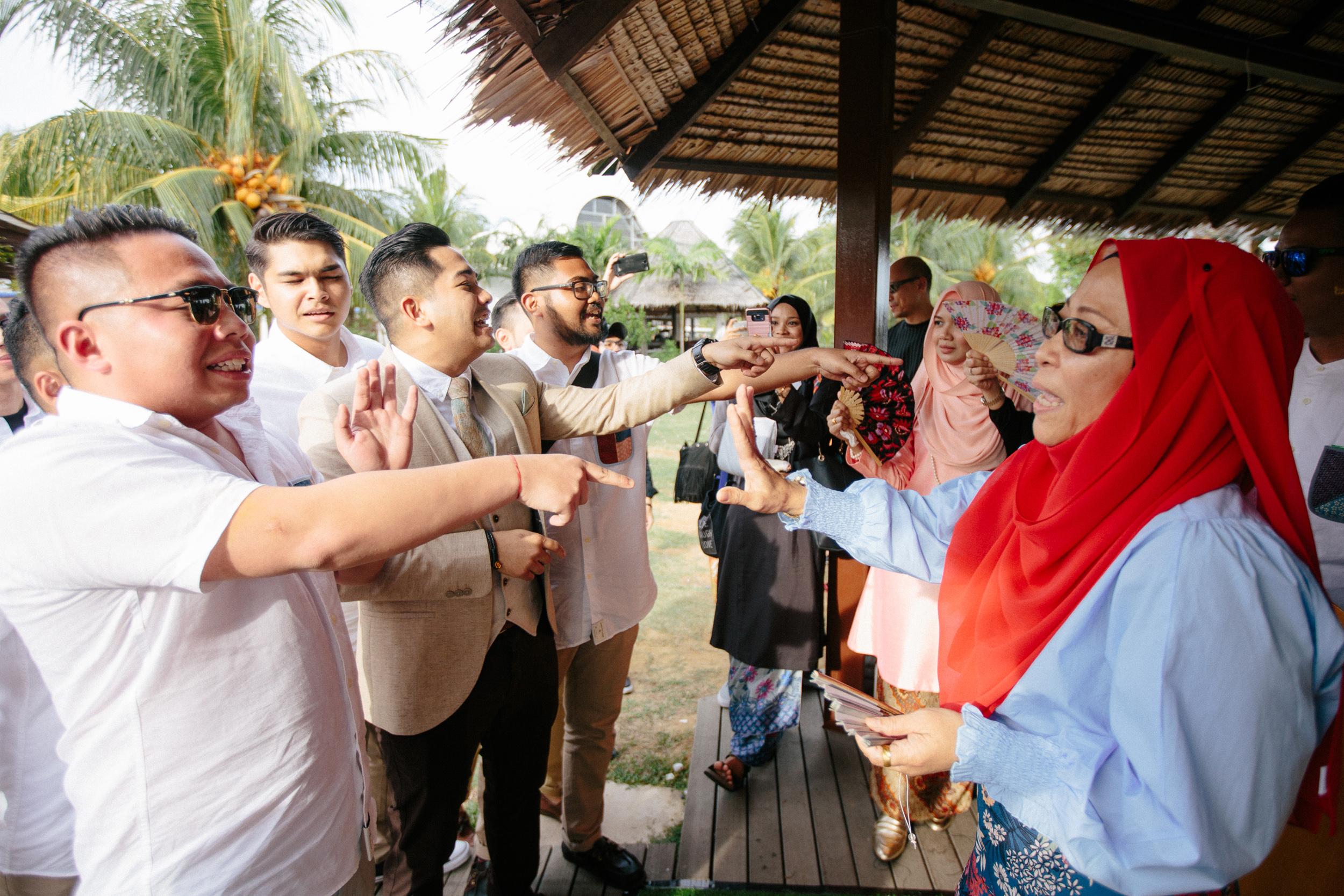 singapore-wedding-photographer-wemadethese-56.jpg