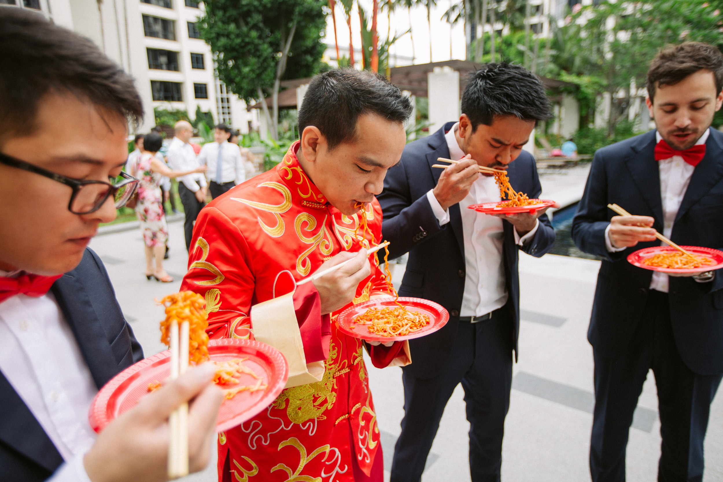 singapore-wedding-photographer-cheryl-matthew-fullerton-hotel-wedding-06.jpg