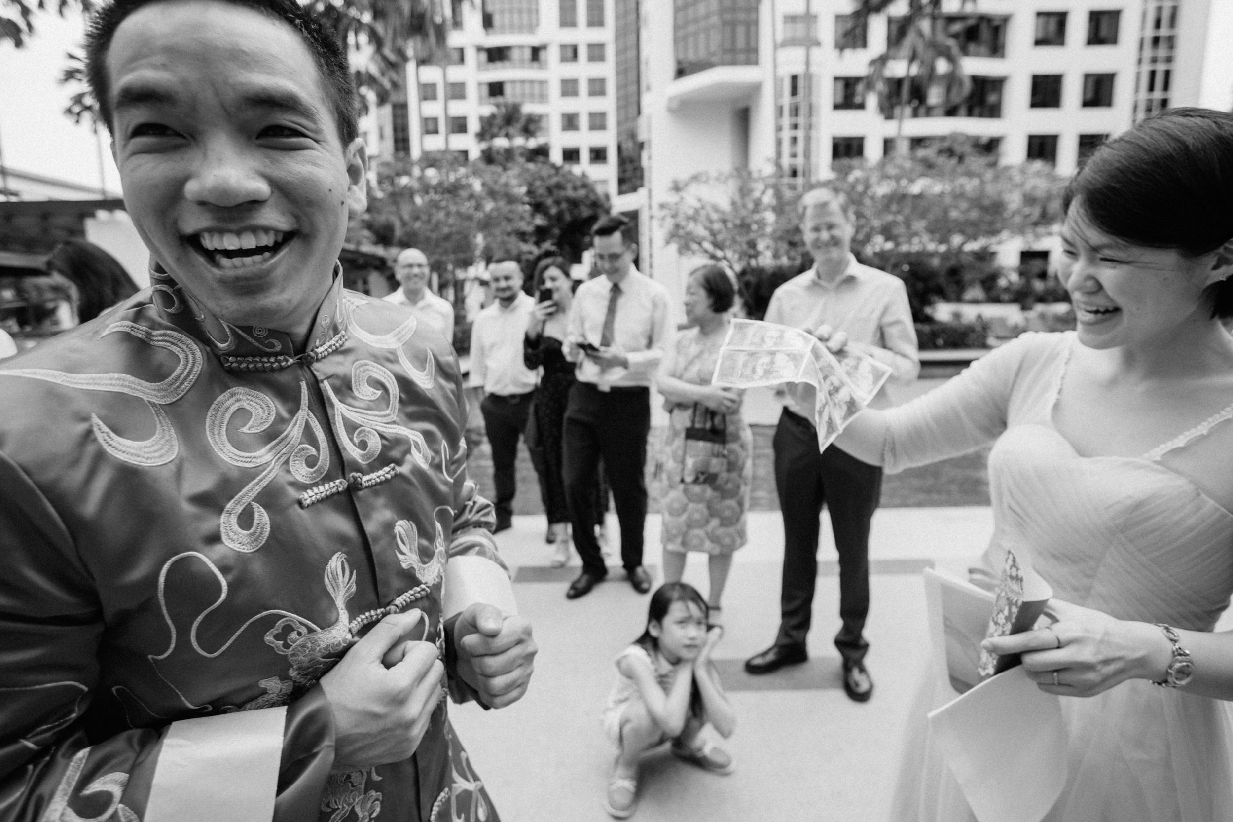 singapore-wedding-photographer-cheryl-matthew-fullerton-hotel-wedding-15.jpg
