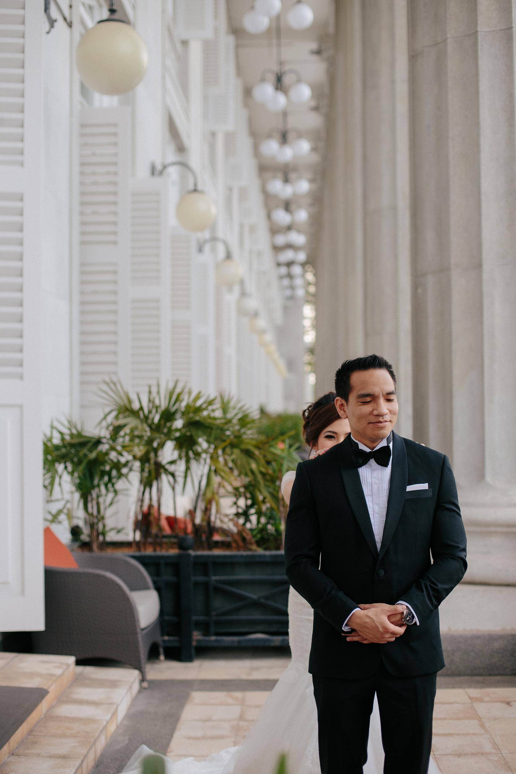 singapore-wedding-photographer-cheryl-matthew-fullerton-hotel-wedding-40.jpg