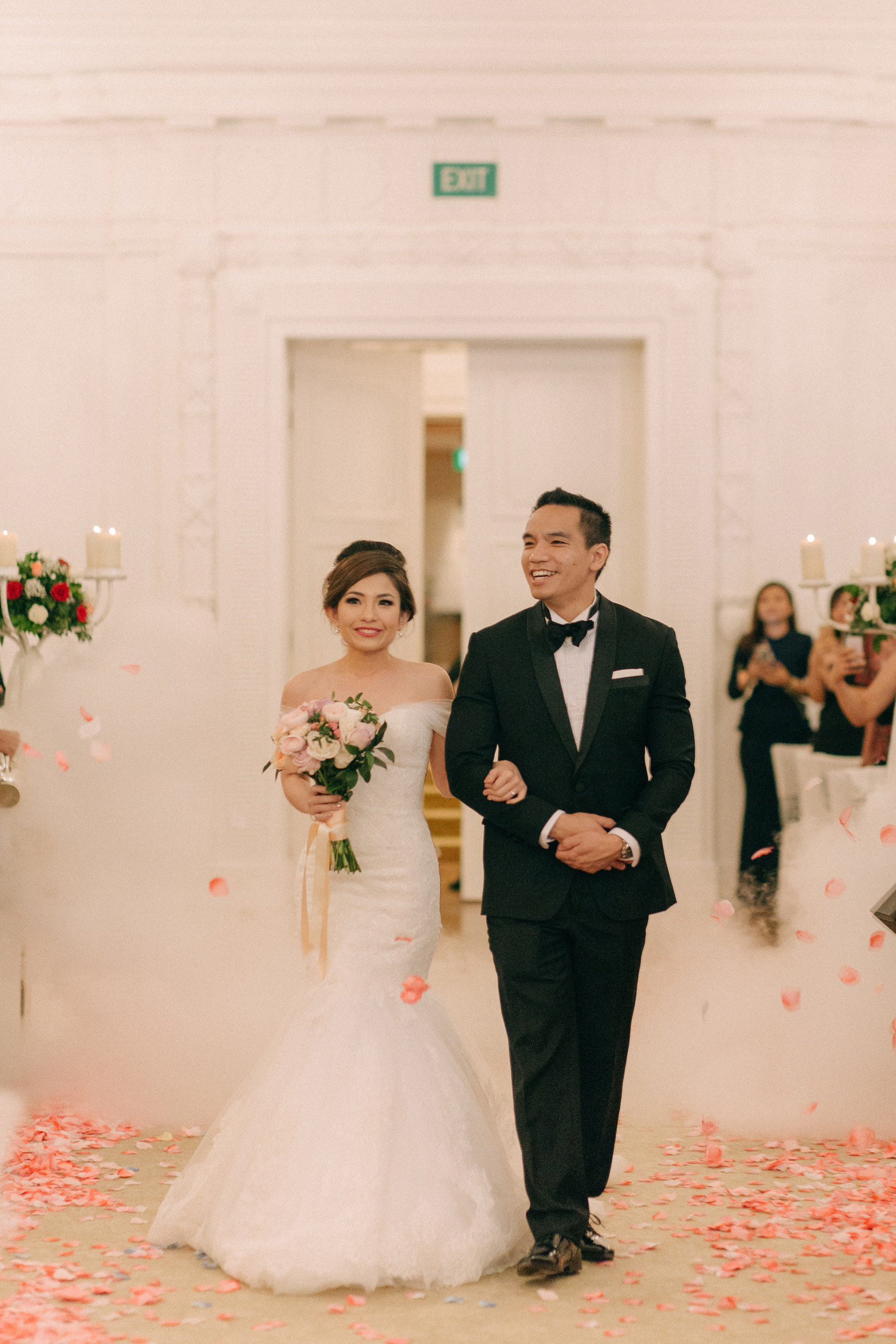 singapore-wedding-photographer-cheryl-matthew-fullerton-hotel-wedding-56.jpg